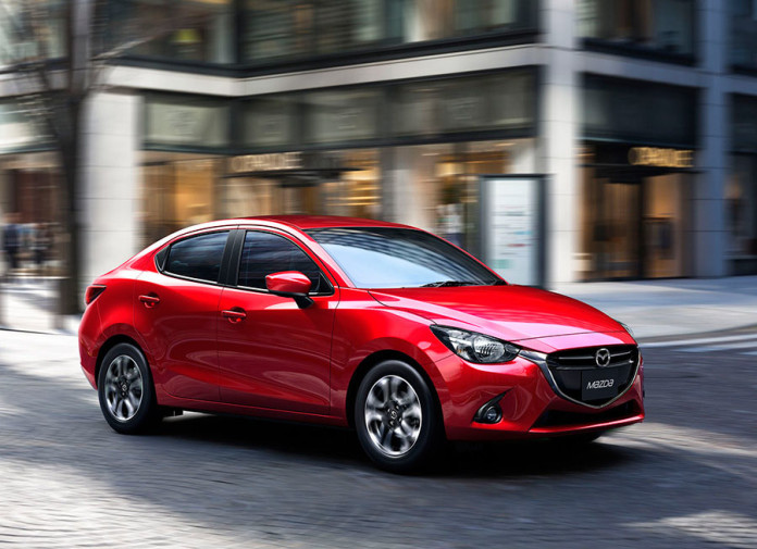 Mazda 2 2015 COTY