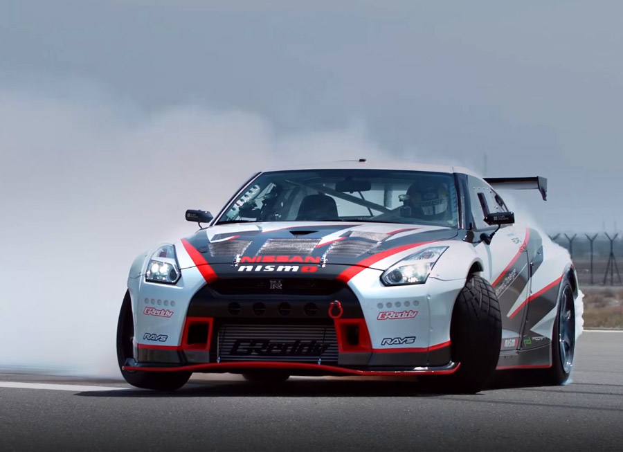 Nissan sets fastest drift record in a 1,380 hp RWD GT-R