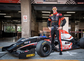 Dan Wells Asian Formula Renault