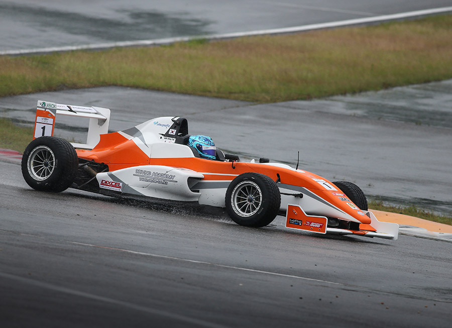 PRT Racing takes on Formula Masters 2016 with Cebu Pacific Air