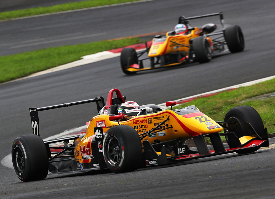Jann Mardenborough Leads Japanese F3 Drivers Title With