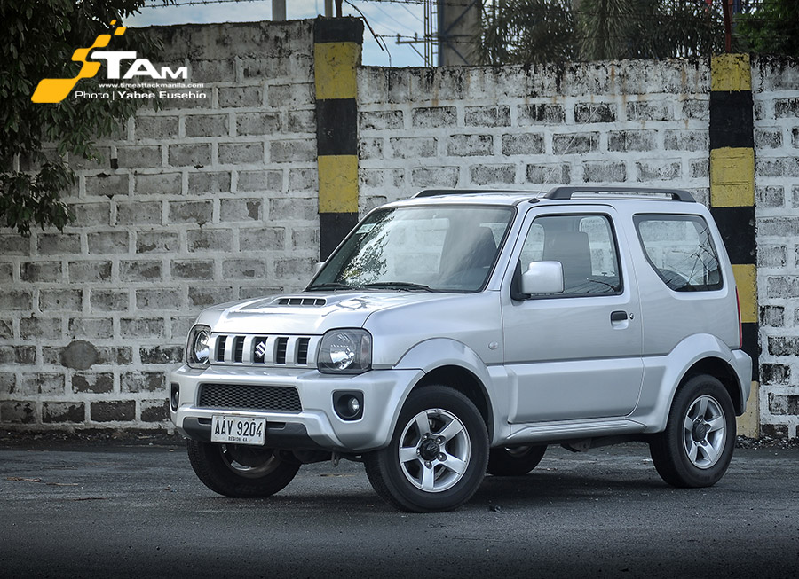 The affordable, miniature 4×4 called the Suzuki Jimny