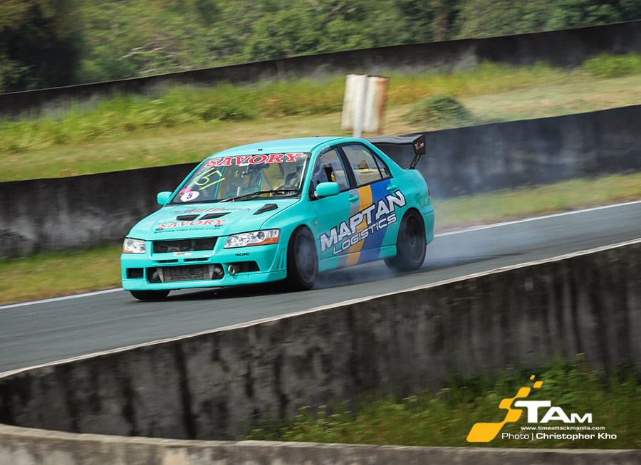 Don Don Portugal wins in exciting start of the FlatOut Race Series 2017 season
