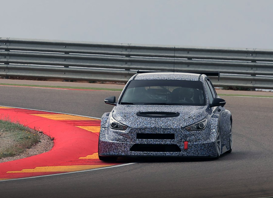 Hyundai Motorsport takes the new i30 TCR on its first track test