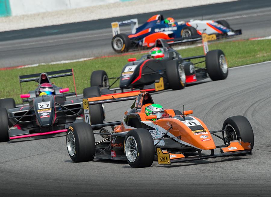 Pinnacle Motorsport flies to Zhuhai this weekend for Formula Masters Series