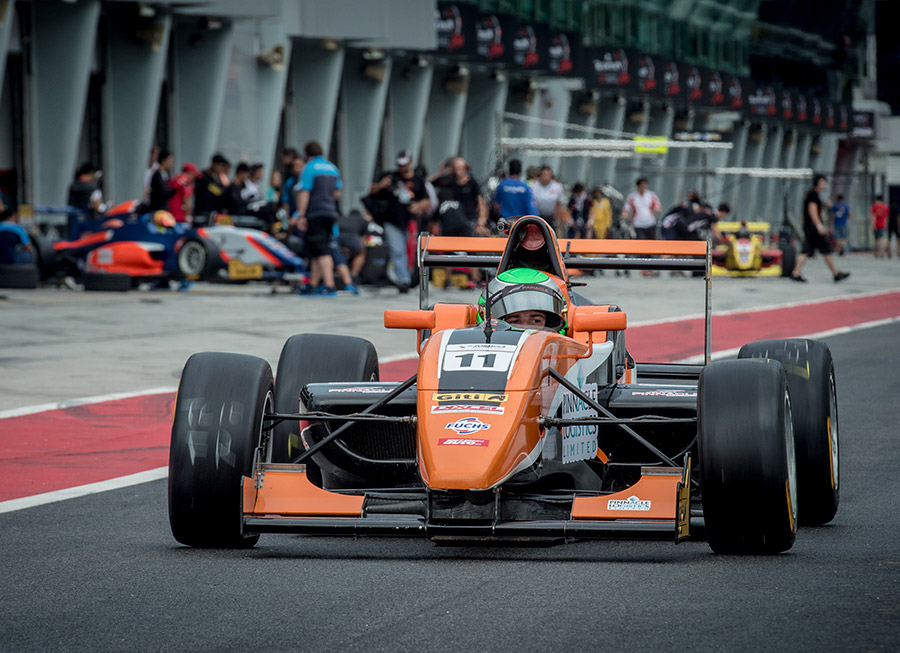 Pinnacle Motorsport braces for title fight in FMS finale at Shanghai