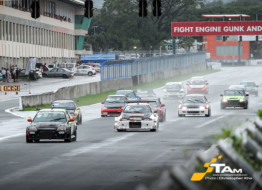 Strong 93-car entry battle on track at the FlatOut Race Series' season finale