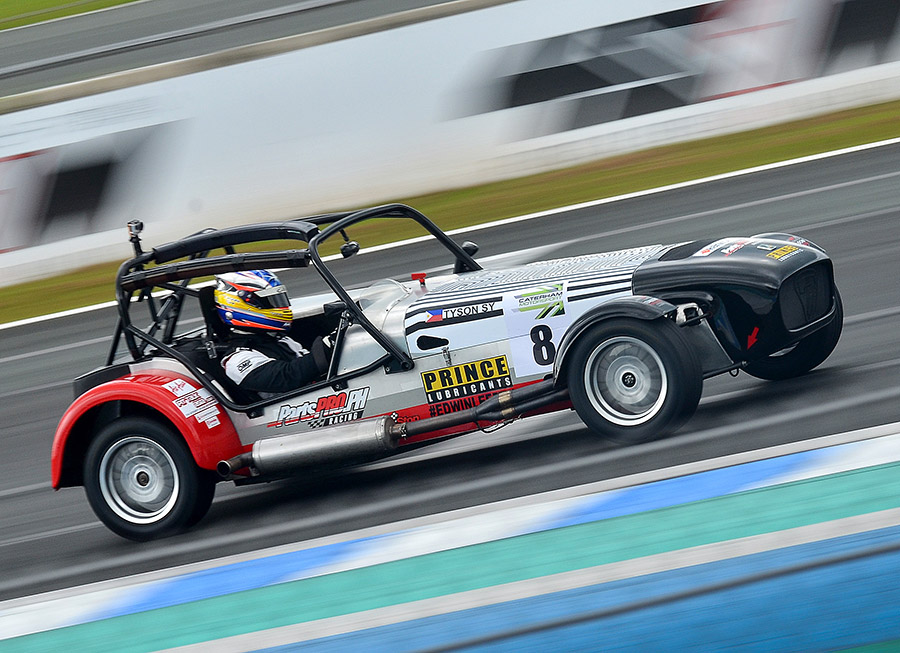 Tyson Sy and PartsPro Racing dominates Caterham Motorsport weekend at CIS