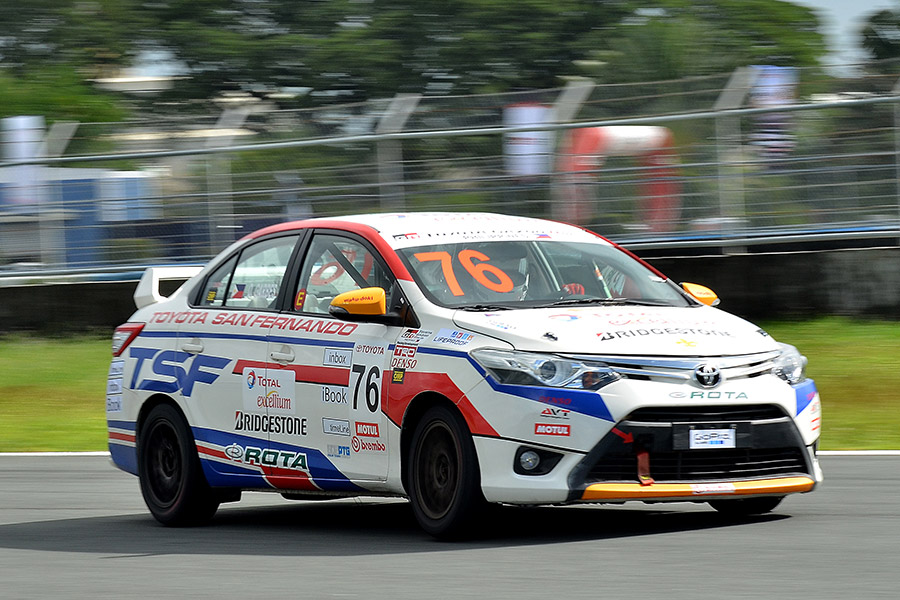 Toyota San Fernando