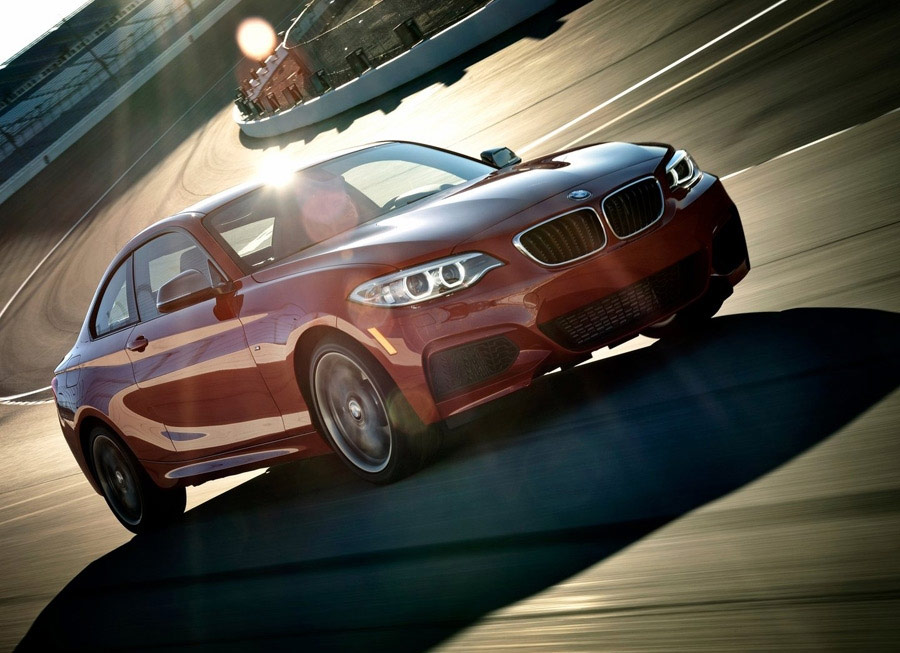 You can now buy a BMW 220i and M235i in the Philippines