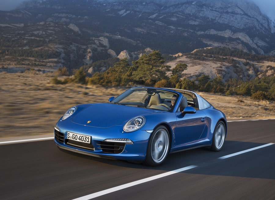 The 2014 Targa 911 is refreshingly retro by Porsche