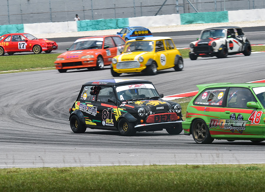 Difficult weekend for Dexter Daquigan at Asia Classic Car Challenge in Sepang