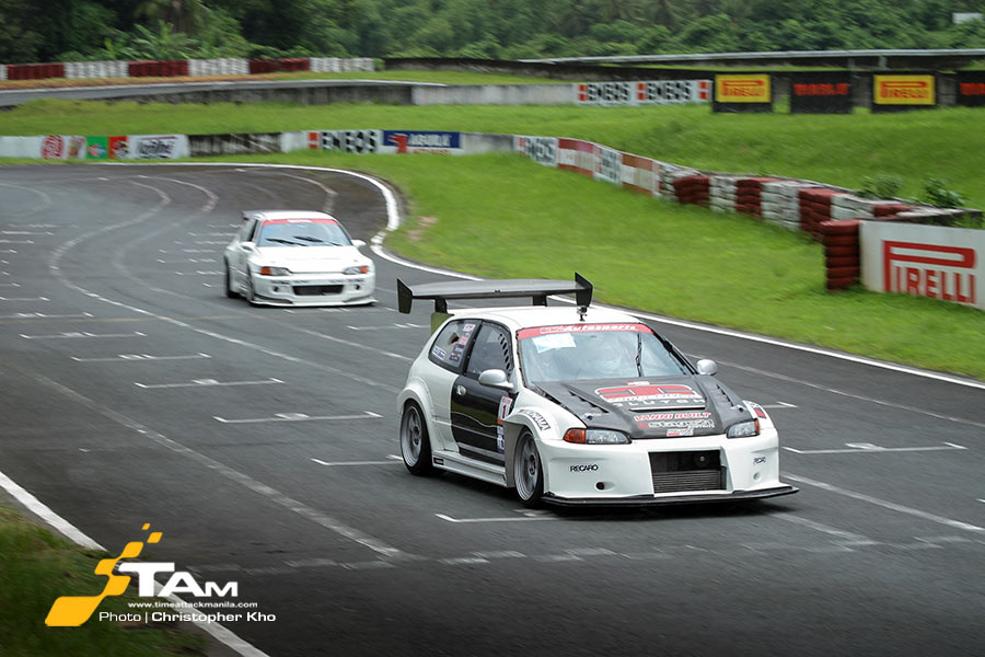 Grid Drivers Clash For The Championship In Petron Flatout