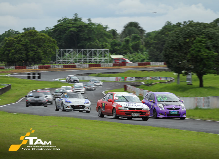 Grid drivers clash for the championship in Petron FlatOut Race Series Rd 5