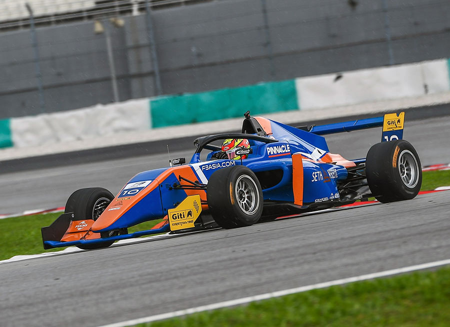 Pinnacle Motorsport has an epic driver lineup for the F3 Asian Winter Series