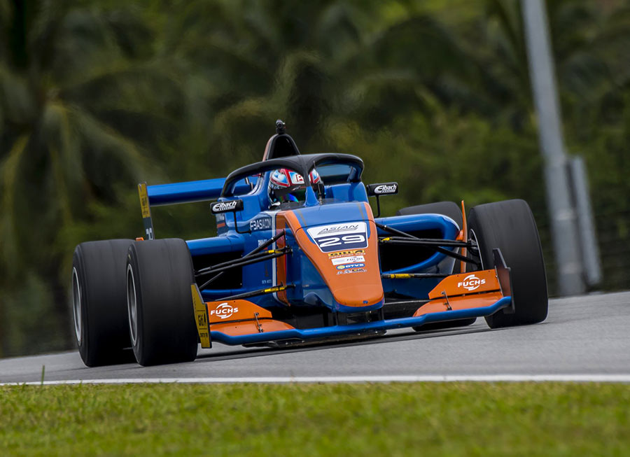 Pinnacle Motorsport faced stiff competition in F3 Asian Winter Series outing at Sepang