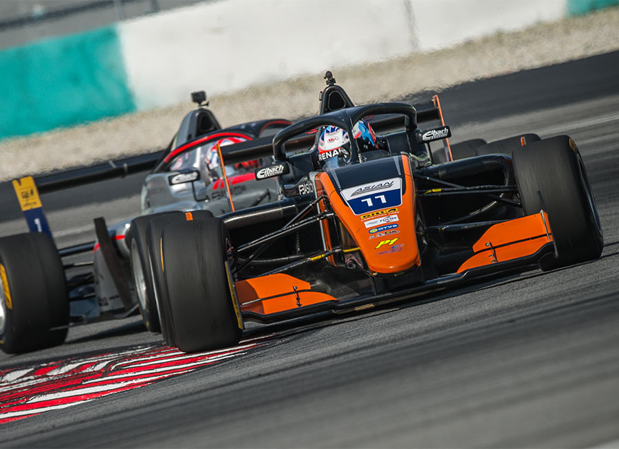 Pinnacle Motorsport finishes Asian Winter Series with podiums, masters' title