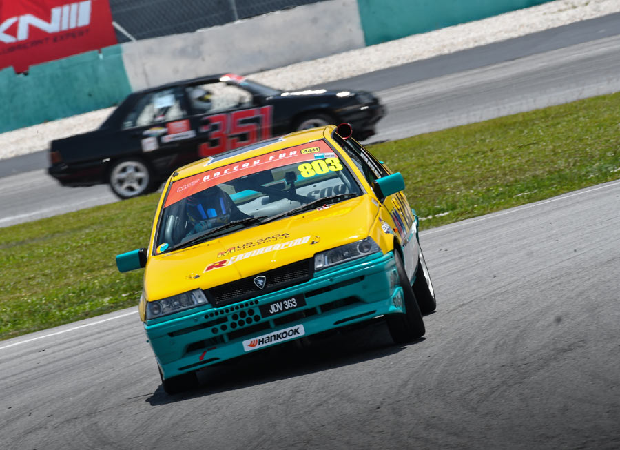 Dexter Daquigan storms to class win in 82-car MSF Saga Cup grid