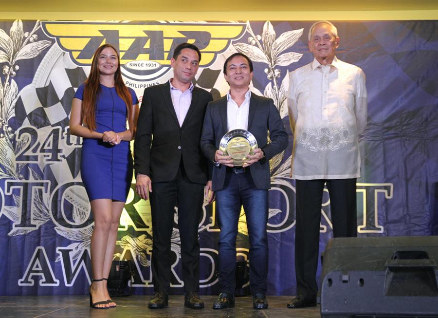Edwin Rodriguez & Honda Cars Kalookan celebrate Philippine GT200 title