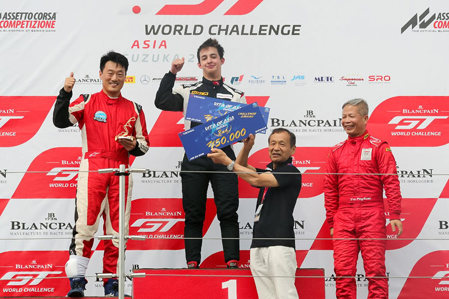 Daniel Miranda stuns with podium finish in 54-car Vita of