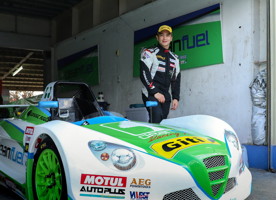 Cleanfuel Racing renews deal with Dominic Roque for Formula V1