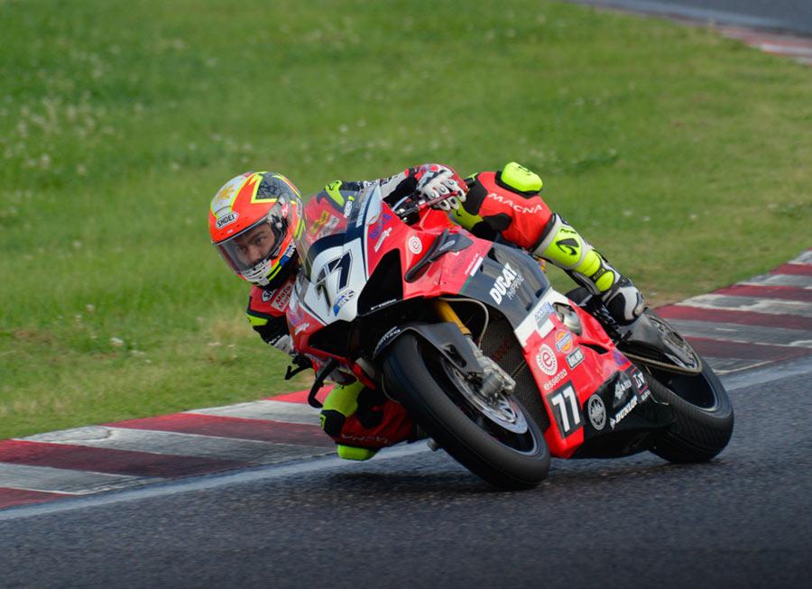 Access Plus Racing-Ducati Ph-Essenza grab points in rain hit ASB1000 at Suzuka