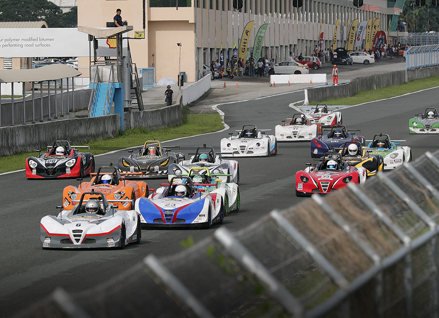 Tricky conditions at CIS tightens Giti-Formula V1 Challenge title race
