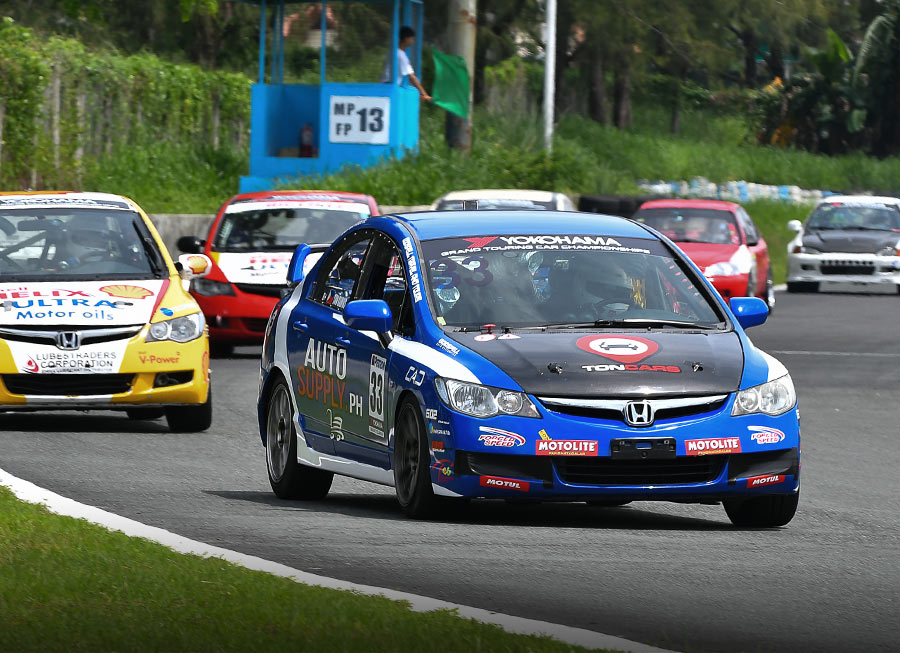 Ton Ramos secures strong 2nd place finish on Philippine GT debut