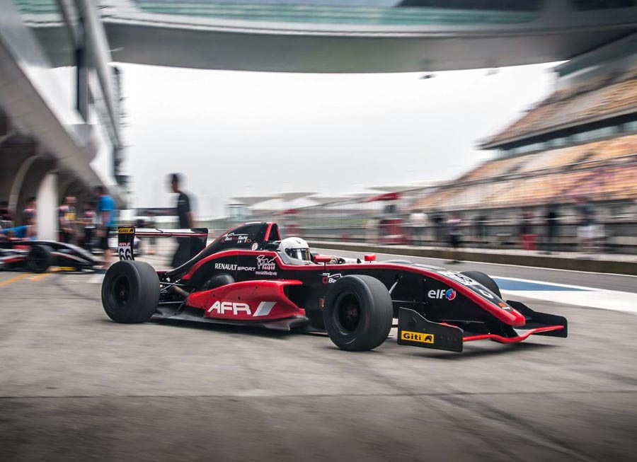 ERacing GP Asia Pacific champ to score single-seater test with BlackArts Racing