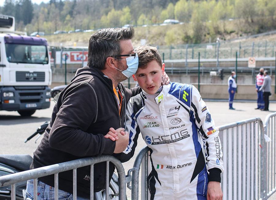 Pinnacle Motorsport salvage points from difficult Spanish F4 outing at Navarra